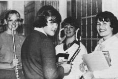 4 females band corridor